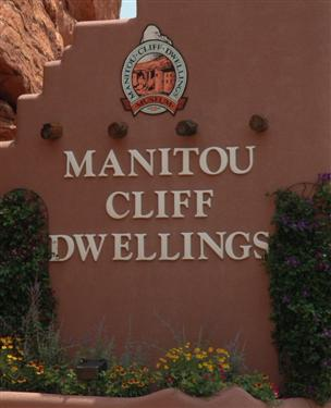 Manitou Cliff Dwellings sign